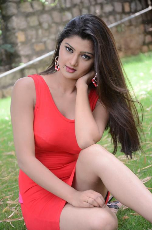 Meet With Sultry Pakistani Indian Escorts in Dubai for Real Fun & Romance